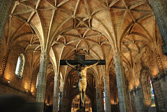 Jernimos Monastery, Lisbon, Portugal (taipan_pl) Tags: portugal cross lisboa jesus monastery dos mosteiro jernimos portugalia klasztor hieronimitw