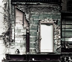 door to nowhere (-liyen-) Tags: matchpointwinner mpt491