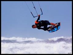 Salinas 31Ene2016 (23) (LOT_) Tags: coyote switch fly nikon waves lot asturias kiteboarding kitesurfing nitro hugo kitesurf nitro5 controller2 kitesurfmagazine kitespain switchkites switchteamrider nitro3 ©lot