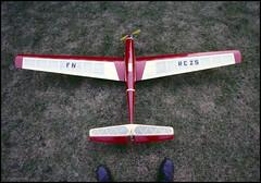 Vintage RC Plane (02) (Hans Kerensky) Tags: 120 plane vintage scanner agfa servo rc metz 200s plustek opticfilm