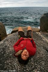 Quietness (boze610 [ free tibet ] [in giro per il mondo]) Tags: ocean sea love nature girl rock rocks peace natural joy naturallight australia natura calm tasmania tas tassie calma lovenature lay ragazza quietness bayoffires naturalmente quiete lucenaturale sdraiata