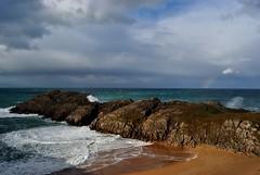 Somocuevas, Cantabria, Spain (AyaxVII) Tags: sea sky espaa naturaleza beach nature water colors arcoiris clouds mar rainbow spain agua waves playa cielo nubes olas cantabria cantabrico liencres cantabric somocuevas d3000