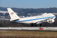 75-0125_03 (GH@BHD) Tags: aircraft aviation military zurich wef boeing usaf zurichairport 747 airliner jumbo b747 kloten zrh e4 unitedstatesairforce e4b 750125 wef2016