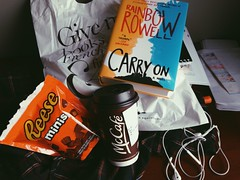 carry on, simon (wordsofmyheart) Tags: coffee reading book books carryon coffeeandbooks rainbowrowell