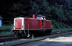 Calw  1995  212 242 (w. + h. brutzer) Tags: analog train germany deutschland nikon v100 eisenbahn railway zug trains db locomotive 212 lokomotive diesellok eisenbahnen calw dieselloks webru