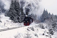 Steam in the snow! (gooey_lewy) Tags: 2 mountain snow broken k 30 train germany spectacular t 1 10 engine rail railway loco steam climbing 99 german locomotive meter gauge narrow harz exhaust metre clag hsb 72407 7240 2102t