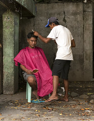 Sit Still (Beegee49) Tags: street haircut man men sitting philippines barber hairdresser conception