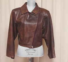 Brown Leather Biker Jacket (vintage-13) Tags: 1920s ladies brown classic leather modern vintage dark real costume 1930s kid 60s soft chocolate sold military side wwii womens retro worldwarii 1940s jacket mocha rocker 80s 1950s motorcycle 70s biker cropped medium 50s 1960s etsy satin boho bomber zips unisex reenactment sleek 1990s 90s 30s pockets leathers greaser zipped 40s longsleeve worldwar1 20s steampunk lined fitted zippered epaulets geniune vintagebylyzzie gloveleather florencesleather