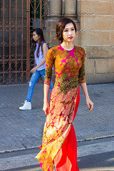 Tradition Vs Modernity (Joe Le Merou) Tags: street blue red green colors girl yellow modern necklace model walks vietnamese crossing basket dress purple jean cathedral basilica traditional young front vietnam clothes dai casual lipstick ao notre dame saigon hochiminhcity canon35 canon600d lipstickpicture