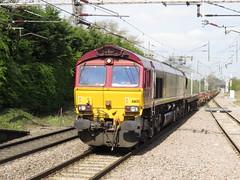 66131 DB Cargo on 6K32 Warrington Arpley - Stoke Marcroft at Acton Bridge 22/04/2016 (37686) Tags: bridge warrington db cargo stoke acton marcroft arpley 66131 6k32 22042016