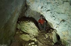 Petite Grotte ou abri sous les blocs des Falaises de Gouterant - Pagnoz - Jura (francky25) Tags: les de des jura karst franchecomt petite grotte falaises explo sous blocs doubs pagnoz gouterant