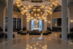 RSH Djerba (Primatours) Tags: hotel design djerba resort lobby sofa interiordesign halle tunesien radissonsas sule symmetrie 4sterne pendelleuchte rezidor marmorboden grossehalle