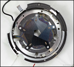 Copal SV LeafShutter Blades (02) (Hans Kerensky) Tags: leaf aperture shutter blades sv diaphragm copal