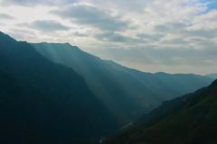 Waves (Pooja Pant) Tags: nepal mountains beautiful trek abc annapurna annapurnabasecamp macchapuchre
