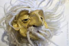 DE TOVENAAR MET NIEUW HAAR || THE WIZARD WITH A NEW WIG (Anne-Miek Bibbe) Tags: puppet wizard bald nederland kaal haar 2016 tovenaar handpop bibbe nieuwhaar annemiekbibbe canoneosm poppenkaspop