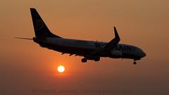 Ryanair 737 At Sunset. (spencer.wilmot) Tags: sunset orange plane airplane evening dusk aircraft aviation jet arrival ryanair approach corfu fr airliner 737 jetliner b737 737800 cfu 738 b738 ryr lgkr ioanniskapodistrias eiepd krakowmalopolska