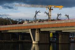 Bras de fer (mjjmartinlux) Tags: bridge rail maas armwrestling meuse trainbridge brasdefer mjjmartinlux