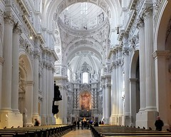 Theatinerkirche Mnchen (to.wi) Tags: white church mnchen kirche theatinerkirche alabaster hochaltar thatiner towi