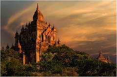 Sunset at Bagan (leonhucorne) Tags: world myanmar bagan birmanie d7000 colorsinourworld