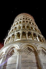 Tower (Do Gon) Tags: street old italy detail tower art stone architecture night stars streetlight gallery arch bright pov stones gray masonry perspective arches landmark medieval ring sharp pisa rings repetition designs unusual leaningtower multistorey incandecent tascany