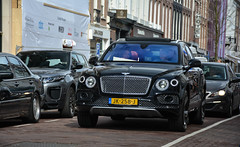 Bentley Bentayga First Edition (MauriceVanGestel Photography) Tags: auto new holland adam english cars netherlands dutch car amsterdam pc nikon north nederland first automotive nh vehicles coche bmw april vehicle holanda british nl autos chic expensive suv edition rangerover nederlands ams peugeot bentley coches olanda jordaan noordholland chique niederlande engels brits noord pchooftstraat nieuw britishcar breitling hooftstraat hollandia firstedition bentayga nederlander evoque northholland amsterdamzuid duur pchoofttractor d5200 adamzuid newbentley bentleybreitling rangeroverevoque engelseauto nikond5200 bentleysuv pchooftstraatamsterdam bentleyamsterdam nieuwebentley bentleybentayga bentleybentaygafirstedition bentaygafirst bentaygafirstedition bentleyfirstedition hoofttractor