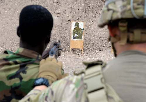 Djiboutian Soldiers train on the range with RAF