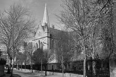 Saint Patrick's Cathedral (alceccanti) Tags: bw dublin biancoenero dublino saintpatrickscathedral churchofireland cattedraledisanpatrizio sonyphotographing sonydt18250mm sonysti sonyslta58 easter2016 pasqua2016