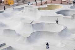 Stapelbddsparken Malm (Hkan Dahlstrm) Tags: park concrete photography grey se skne sweden skateboard cropped malm f71 skateboarders 2016 vstrahamnen skatebowl vstra hamnen stapelbddsparken skneln stapelbdden xe2 sek xf1855mmf284rlmois 5202042016153901