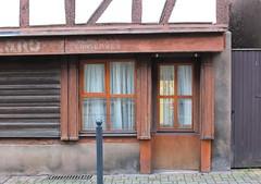 Chez Virginie et Yann, troisime journe . (Chti-breton) Tags: vitrine picerie boutiqueancienne amimentation