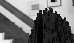 ESCULTURA - SCULPTURE (jpi-linfatiko) Tags: people blackandwhite bw sculpture blancoynegro work contraluz blackwhite trabajo nikon artist dof shapes bn personas depthoffield escultura desenfoque formas figuras siluetas artista blanconegro seres d5200