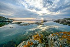 Sdra skrgrden (agnetaberlin) Tags: sea water rock landscape sweden outdoor sony gothenburg himmel coastline sverige hav goteborg landskap skrgrd klippor