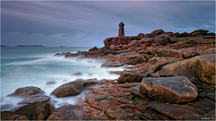 Men Ruz (guillaumez.wix.com/photographie) Tags: longexposure sunset lighthouse seascape france men rose landscape soleil coucher bretagne roadtrip pg breizh filter nd granite perros cote paysage soir phare hitech manche pl fil ploumanach ruz gnd guirec oceanscape menruz mefoto