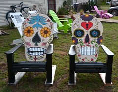 Spooky Chairs HBM (The Old Texan) Tags: color art yard bench texas crafts spooky fredericksburg
