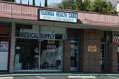 2012-07-09 18.17.58 (penfoto) Tags: california losangeles 2012 tujunga tujungahealthcare