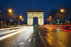 Avenue of the Stars (Eddie HBH) Tags: longexposure paris france monument stars cityscape rainy lighttrails