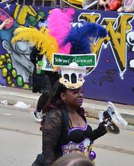 La Dame de St. Bernard & Claiborne - Krewe of Tucks parade (Monceau) Tags: walking women colorful neworleans parade mardigras stbernard beadwork streetnames claiborne kreweoftucks damesdeperlage