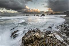 Gueirúa (Jose Cantorna) Tags: costa mar nikon asturias playa paisaje amanecer cielo nubes seda rocas océano d610 gueirúa