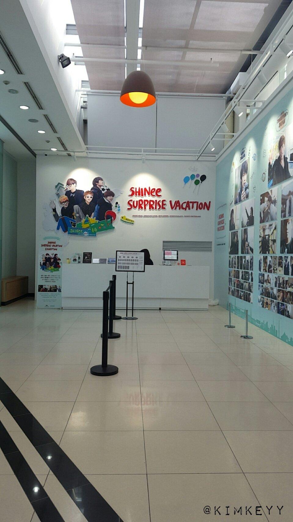 SHINee @ SHINee Surprise Vacation Exhibition 25217765871_84542233b7_o