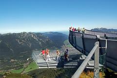 Garmisch - Unterwegs von der Alpspitze zum Kreuzeck durchs Wettersteingebirge (01) - AlpspiX-Aussichtsplattform (Pixelteufel) Tags: panorama bayern bavaria urlaub alpen ferien freizeit tourismus garmischpartenkirchen gebirge erholung alpspitze bergwelt stahlkonstruktion aussichtsplattform