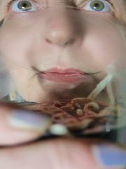 Me Drinking the red wine in which I am dyeing Cotton Wool for Tapestry Diary 19. 2. Death Day Ernst Mach: Doppler effect, Redshift Wein trinken in dem ich die Baumwolle nicht Schafwolle frbe fr Tapisserie Tagebuch: Todestag Ernst Mach: Rotverschiebung (hedbavny) Tags: vienna wien blue light red food white colour green rot eye wool kitchen glass face mouth austria design licht sterreich essen gesicht hand spiegel diary tapis lips papyrus grn kche weaver blau trinken farbe auge tagebuch glas weber doppler redshift tapestry mund aktion teppich fasten mach rosenthal baumwolle wolle nahrung tapisserie lebensmittel lippe szene weis inszenierung arbeitsraum aufzeichnung dopplereffekt frben aktionismus parawissenschaft parapsychologie ernstmach pflanzenfarbe rotverschiebung bildteppich webatelier teppichweber breatharians lichtnahrung pflanzenfrberei zeitlicheabfolge lichtfasten