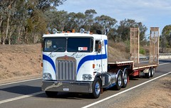 Kenworth Cabover (quarterdeck888) Tags: nikon flickr transport frosty semi lorry trucks express logistics kenworth bigrig overtheroad haulage quarterdeck vintagetrucks oldtrucks cabover class8 heavyvehicle truckshow cartage roadtransport humehighway heavyhaulage highway31 truckies d7100 highwaytrucks aussietrucks australiantrucks historictrucks expressfreight australiantransport caboverkenworth freightmanagement truckdisplay jerilderietruckphotos jerilderietrucks outbacktrucks crawlingthehume truckexpo quarterdeckphotos oldhighwaytrucks australianinterstatetrucks cralinthehume crawlingthehume2016
