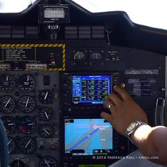 Departure SXM/TNCM runway 10 ( Freddie) Tags: stmaarten sxm sintmaarten garmin twinotter princessjulianainternationalairport stbarthelemy winair dhc6 twotter sxmtncm sbhtffj pjwcb jeangustaviii