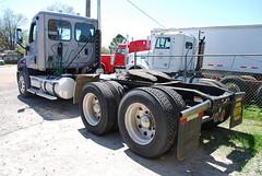 2008 Freightliner Cascadia Semi Truck Inspection - Forrest City, AR 006 (TDTSTL) Tags: truck inspection semi 2008 semitruck cascadia freightliner forrestcityar