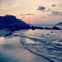 Sunset at the beach number 1 #phuket #thailand #sunset #holiday