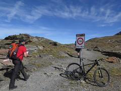no!! (kiescro) Tags: mtb svizzera garibaldi divieto parconazionale passodellostelvio