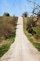 Loess Hills Backroads (Jayhawk Explorer) Tags: texture landscape roadtrip iowa hills backroad sidney countryroad orton gravelroad corncrib loesshills fremontcounty artisticpainting ipiccy ushwy275