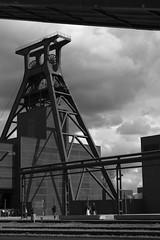 Schacht XII (gero.skorne) Tags: essen kohle unesco nrw schwarzweiss industrie ruhrgebiet zollverein zeche ruhrpott welterbe industriekultur bergbau steinkohle