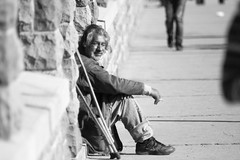 Hard life (kostak89) Tags: street blackandwhite dof streetshots naturallight oldman canoneos20d manualfocus hardlife kraljevo m42lenses porstteled200mm33 cigarebrake