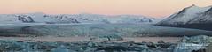 shs_n8_067794 pan (Stefnisson) Tags: panorama ice berg landscape iceland belt venus glacier iceberg gletscher glaciar sland icebergs jokulsarlon breen vatnajokull pana jkulsrln ghiacciaio jaki girdle vatnajkull jkull jakar s gletsjer ln venuss  glacir sjaki venuses esjufjll sjakar panrama stefnisson esjufjoll