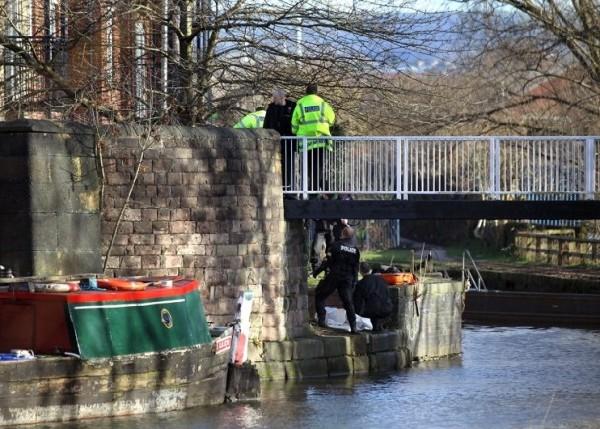 英曼彻斯特河道再现浮尸 8年60余人坠河或系杀手所为